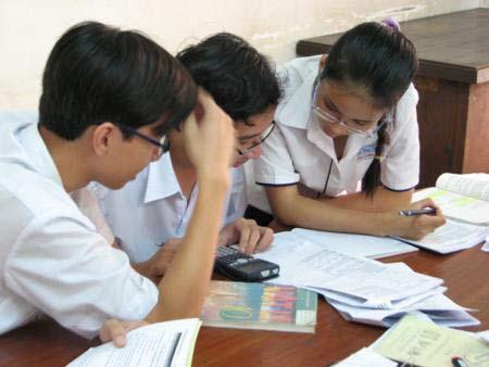 Đề án 2.300 tỉ phát triển trường chuyên: Khó thực hiện! - 1