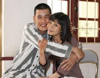 """Những scandal """"chấn động"""" của sao Việt 2010 - 5"""
