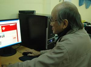 90 tuổi lướt web lập gia phả điện tử - 1