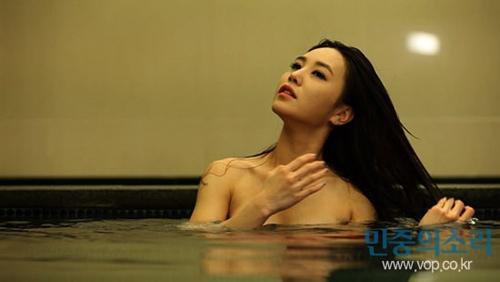 Nóng, lạnh với cảnh tắm trần của sao Hàn - 2