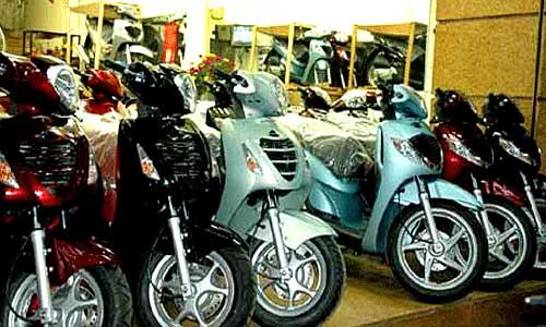 Thị trường xe máy tay ga cuối năm: Vênh cung - cầu - 1