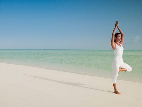 Video làm đẹp: Bài tập yoga toàn thân - 2