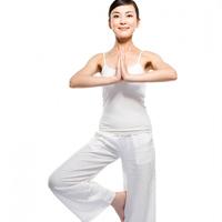 Video làm đẹp: Bài tập yoga toàn thân