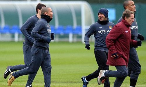 Mourinho ăn mặc kì quái (Những hình ảnh thể thao độc nhất ngày 15/12) - 2