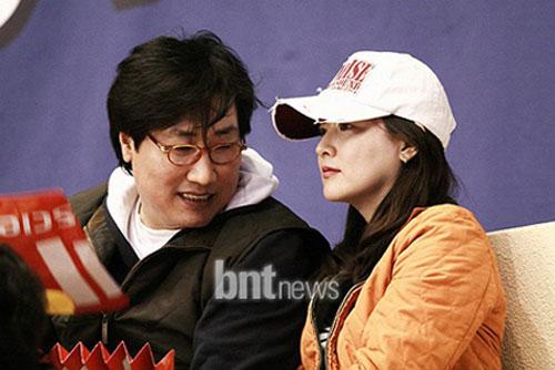 Lee Young Ae mang bầu con trai - 4