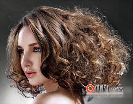 Bí quyết chăm sóc tóc xoăn - 3