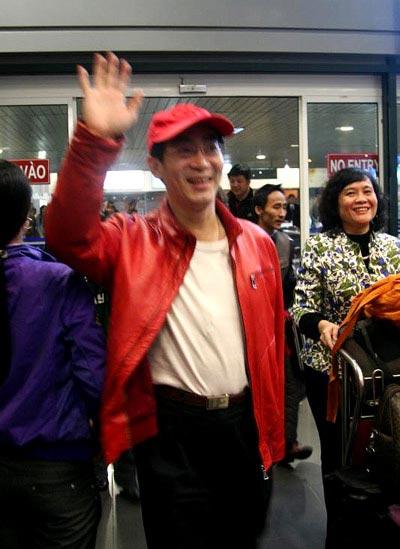 Lục Tiểu Linh Đồng đã đến Việt Nam - 1