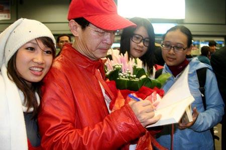 Lục Tiểu Linh Đồng đã đến Việt Nam - 2