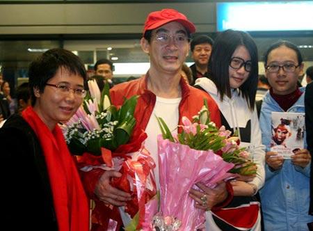 Lục Tiểu Linh Đồng đã đến Việt Nam - 3