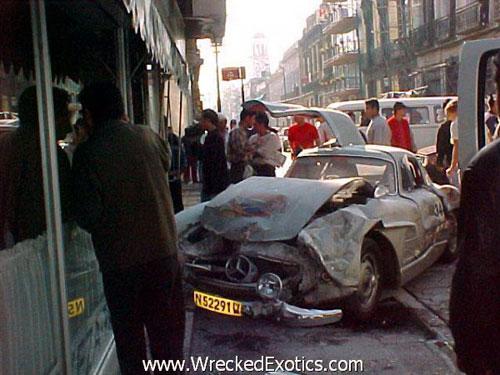 """Những vụ tai nạn xe hơi """"đắt"""" nhất thế giới - 3"""