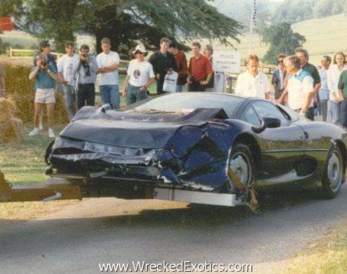 """Những vụ tai nạn xe hơi """"đắt"""" nhất thế giới - 4"""