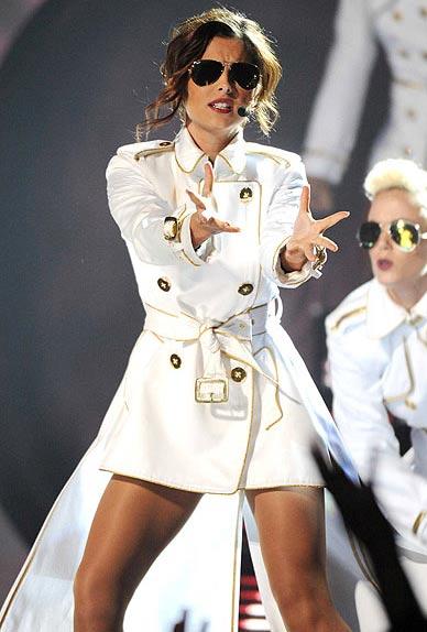 Những bức ảnh sốc nhất giới showbiz 2010 (P1) - 13