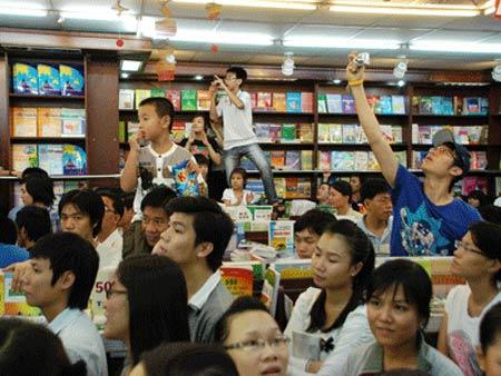 Lục Tiểu Linh Đồng lên án những bản Tây Du Ký cải biên - 1