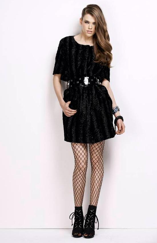 1001 cách mặc váy cuốn hút và táo bạo - 13