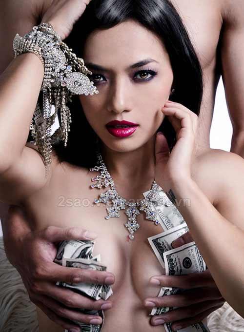 Showbiz Việt 2010: Được mùa ảnh nude - 10