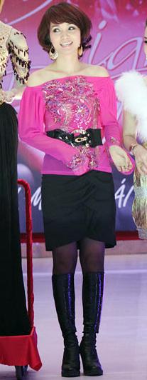 Top 10 sao Việt mặc xấu nhất năm - 9