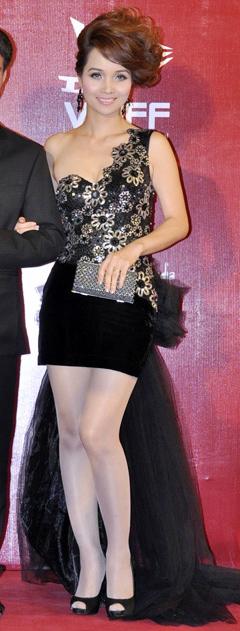 Top 10 sao Việt mặc xấu nhất năm - 15