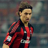 """""""Ibrahimovic là cầu thủ hay nhất thế giới"""" (Tin vắn bóng đá sáng 31/12)"""
