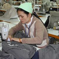 Năm 2012 sẽ tăng lương tối thiểu