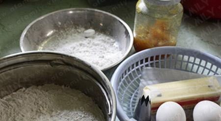 Cách làm bánh quy bơ và mứt dứa - 1