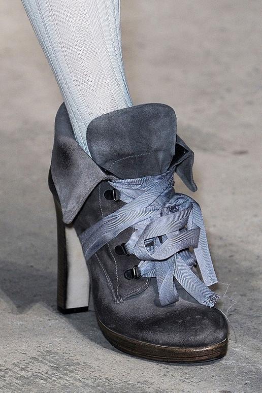 Thu/đông 2011-2012: Giày bốt có gì mới? - 18
