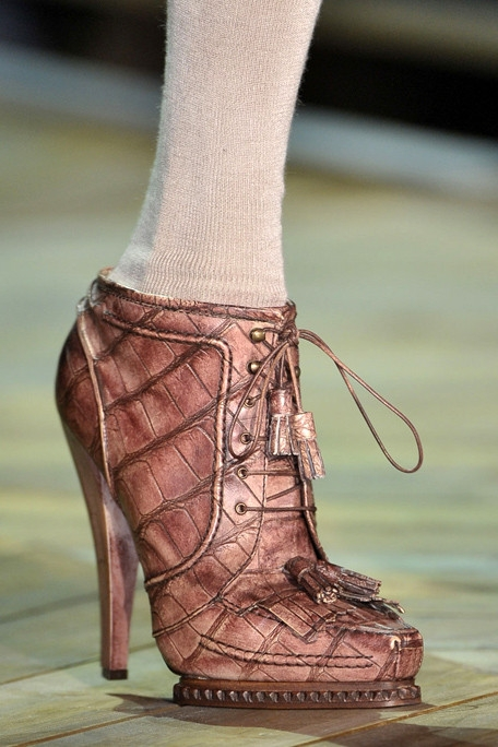 Thu/đông 2011-2012: Giày bốt có gì mới? - 19