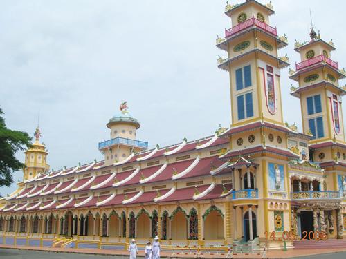 Tham quan Tòa thánh Tây Ninh - 1