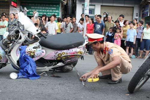 Tai nạn kinh hoàng: 11 xe vỡ nát - 6
