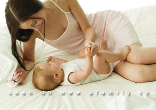 16 thực phẩm mẹ ăn để nhiều sữa cho con - 1