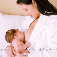16 thực phẩm mẹ ăn để nhiều sữa cho con