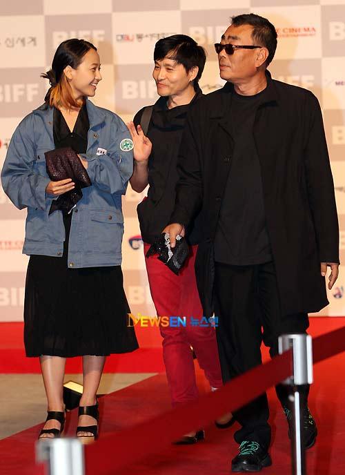 """Những điều """"kỳ lạ"""" ở LHP Busan 2011 - 6"""