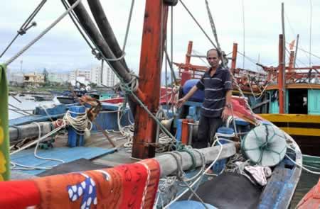 Kỹ thuật đánh bắt mới của ngư dân Đà Nẵng - 1