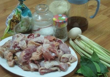 Đổi món cuối tuần với gà rang muối - 2