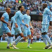 Ngoại hạng Anh sau vòng 8: Quyền lực màu xanh