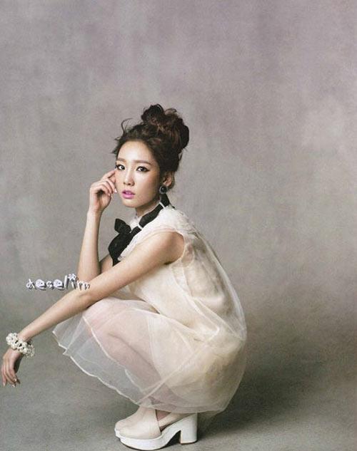 Tae Yeon và Sunny (SNSD) làm chị em sinh đôi - 6