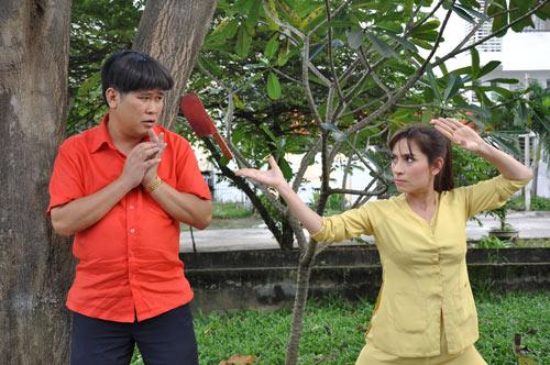 """Phi Nhung dùng dao """"dạy"""" chồng - 2"""