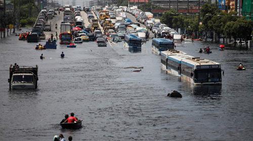 Hôm nay 4 tỉ m3 nước tràn vào thủ đô Thái Lan - 2