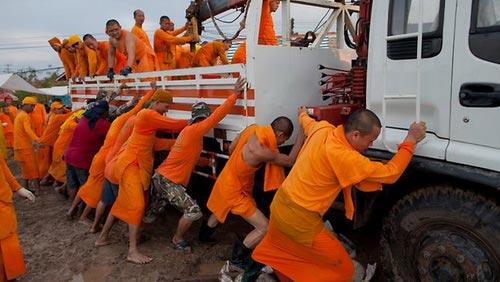 Nguy cơ lũ nhấn chìm thủ đô Thái Lan - 2
