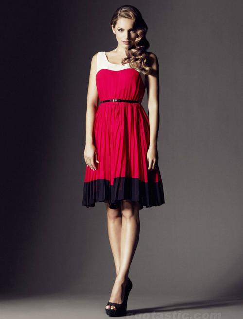 """Kiểu váy """"chuẩn mực"""" cho vòng 1 ngoại cỡ - 4"""