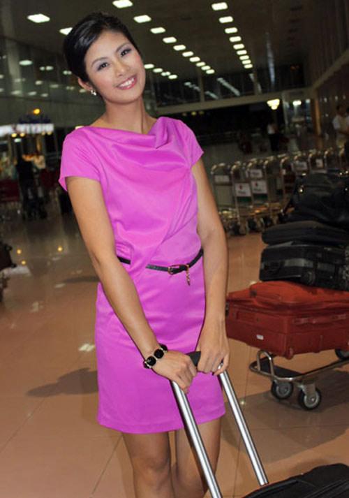 """Thời trang """"quý bà"""" của hoa hậu Việt - 14"""