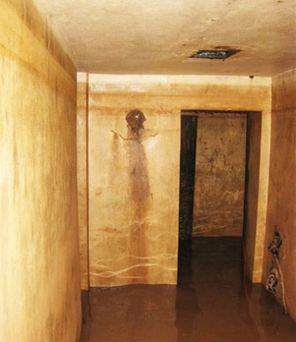 Phát hiện hầm trú ẩn ở Metropole Hà Nội - 2