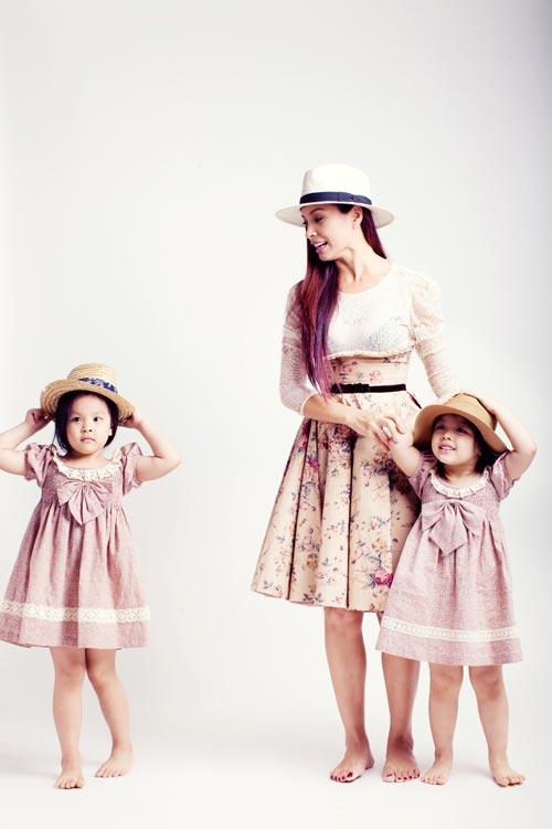 Con gái Thúy Hạnh sành điệu không kém mẹ - 4
