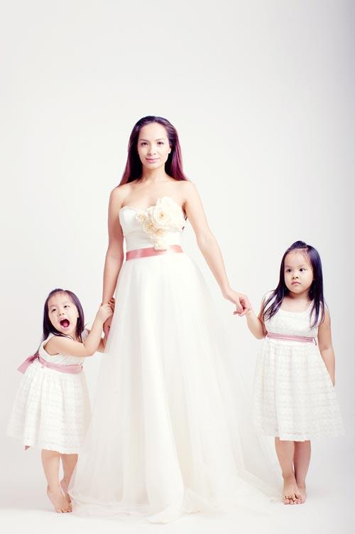 Con gái Thúy Hạnh sành điệu không kém mẹ - 13