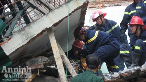Vụ nổ bình ga sập nhà: 2 trẻ đã tử vong - 1