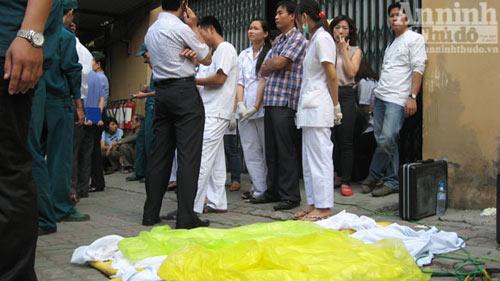 Vụ nổ bình ga sập nhà: 2 trẻ đã tử vong - 4