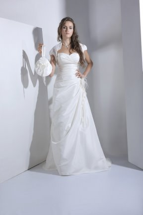 Phụ kiện gì cho váy cưới thêm hoàn hảo?, Thời trang, noi y cuoi, trang suc, giay cao got, tui xach, ngoc trai, thoi trang cuoi