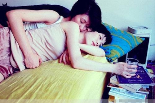 Bộ ảnh đồng tính nữ ''gây sốt'' - 2