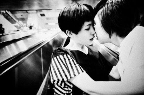 Bộ ảnh đồng tính nữ ''gây sốt'' - 4