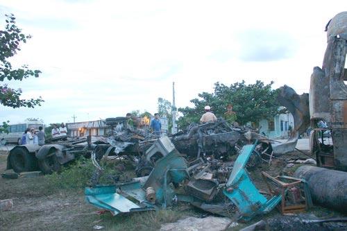 Tai nạn xe khách: Tiếng kêu cứu từ đống lửa - 2