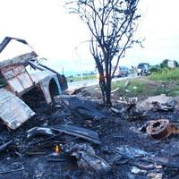 Tai nạn xe khách: Tiếng kêu cứu từ đống lửa